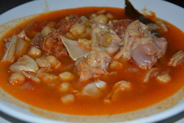 Restaurante-los-Caballos-Alora-Malaga-callos-min cocina tradicional